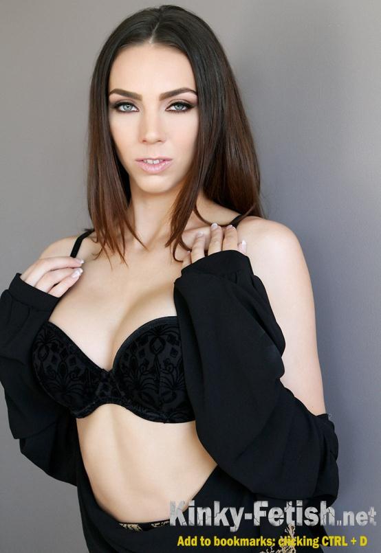 Puppet sex fetish