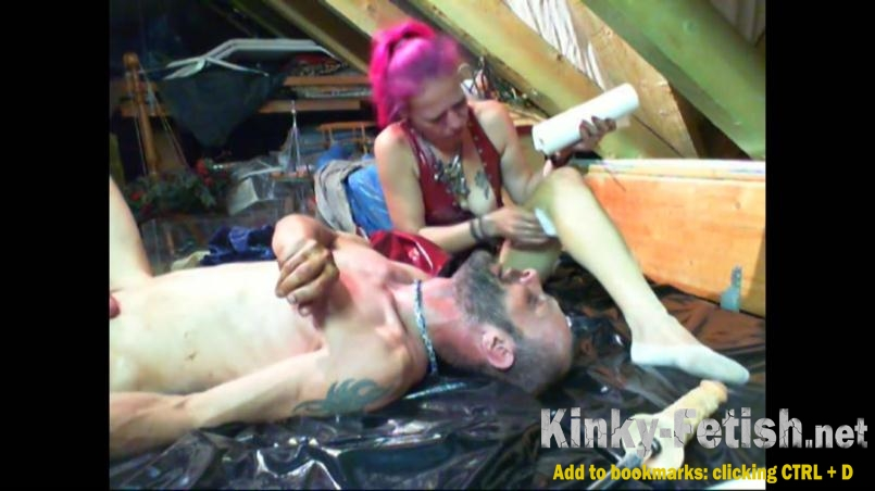 Toiletslaveanddommes - Perverse Lady Darlin Record More Bizarre Action (FullHD | 2017)