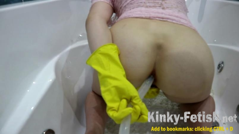WCwife  - Fecal bath Part 1 (FullHD | 2018)