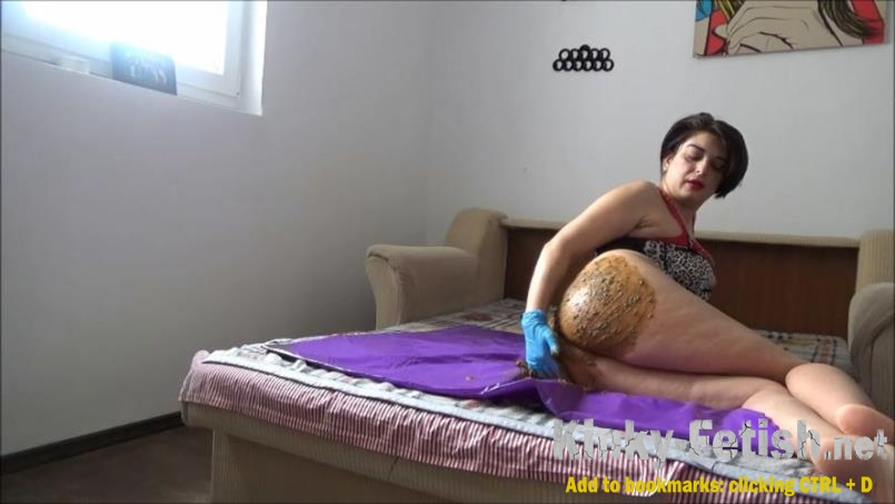 teasing pov - Mistress Roberta – Poop inside leather pants pov - Mistress Roberta – Lazy breakfast (FullHD | 2020)