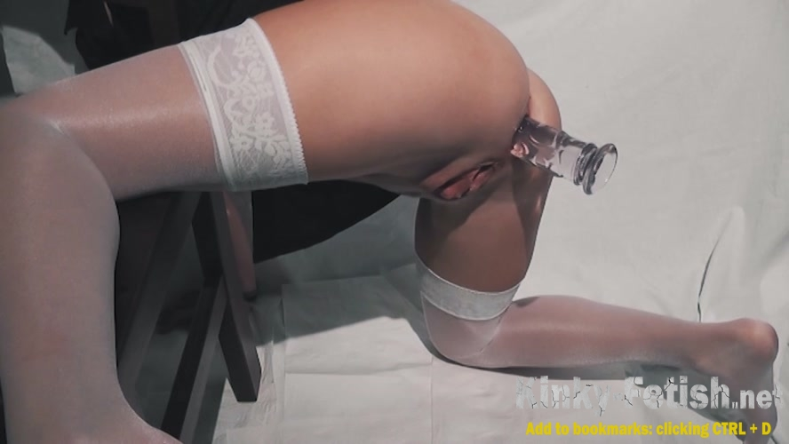 2-hole-toying in white stockings (FullHD | 2020)